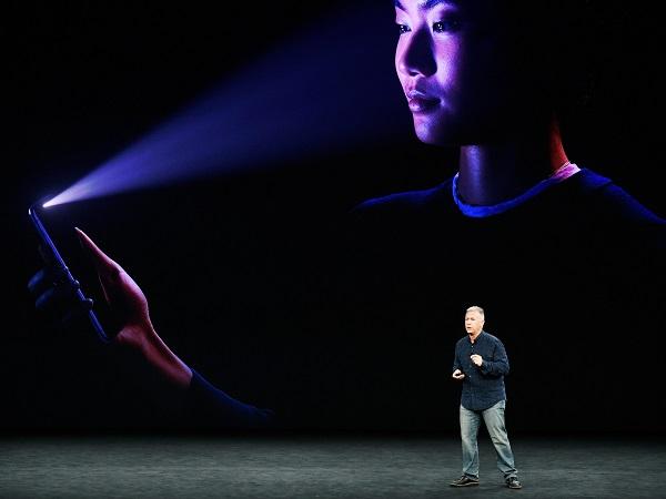 Tính năng mới Face ID chỉ có trên iPhone X